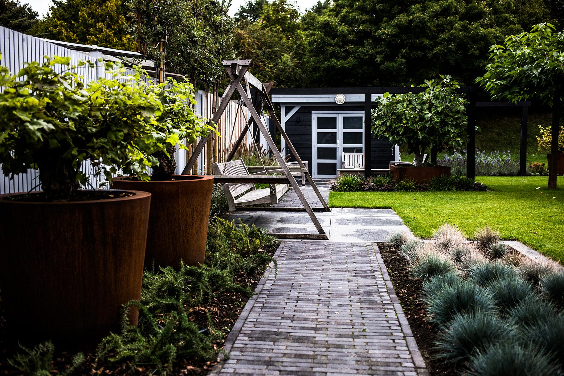 Twee-onder-een-kap woning, moderne achtertuin renovatie